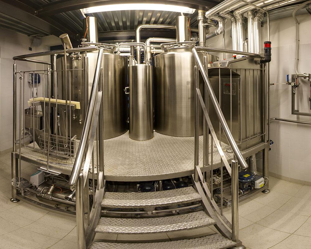 Birrificio B63. I locali di produzione: la cottura